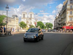 השכרת רכב בחו״ל