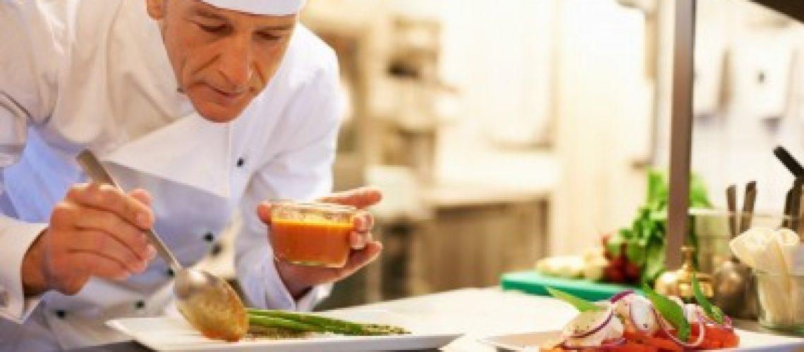 למה יקר לאכול במסעדות גורמה