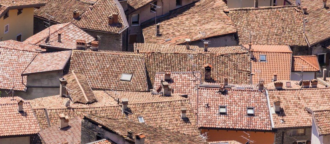תיקון נזילות בגגות רעפים